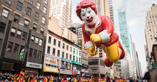 McDonald's stock will see record highs, technical analyst says 9