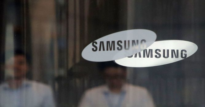 Samsung warns on first-quarter earnings 7