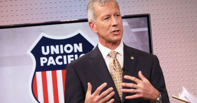 Union Pacific CEO Lance Fritz defends stock buybacks 3