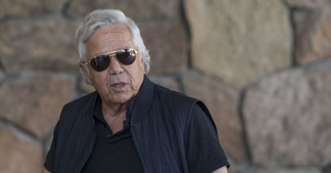 Robert Kraft will reject deal to drop prostitution solicitation case 10
