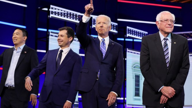Democratic candidates ask if guaranteed jobs, universal basic income or a $15 minimum wage would best help Americans 5