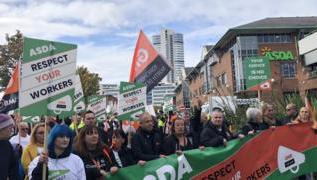 Asda workers are 'terrified for their jobs' 3