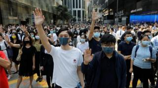 Hong Kong in first recession for a decade amid protests 8