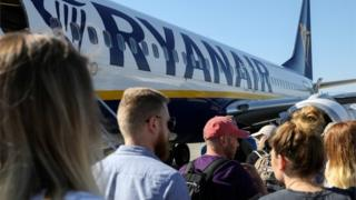 Ryanair rapped over low emissions claims 3