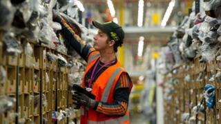 Amazon: Staff told to work overtime as virus spikes demand 1