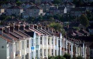 Mortgage approvals soar as buyers return to market 'in their droves' 1
