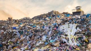 UK using 1.2 billion tonnes of material a year 2
