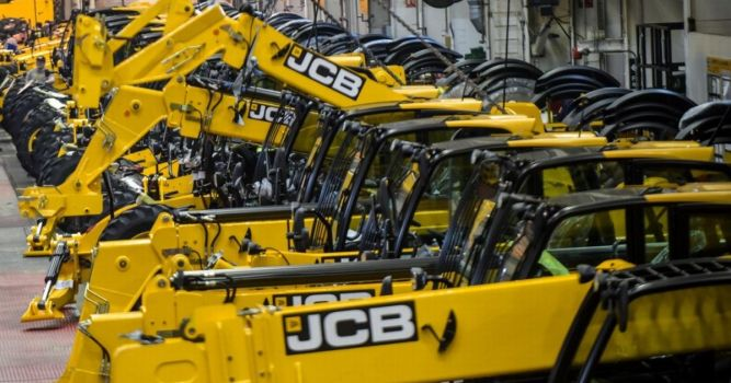 Digger-giant JCB extends factory shutdown by a month 1