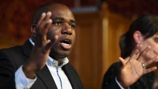 Coronavirus: David Lammy warns that people are 'bubbling out of pubs' due to curfew 2