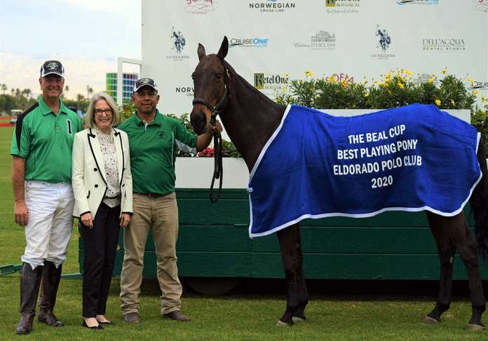 Best Playing Pony: Garrapinada, played and owned by Danny Walker, presented by Karlene Garber, and pictured with Manuel Dolores Garcia.