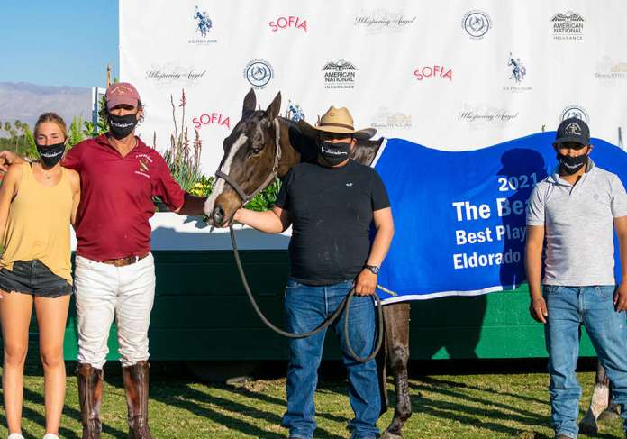 Best Playing Pony Sopresa, owned and played by Santiago Trotz. Pictured with Jazmin Trotz and Oscar & Brian Dolores.