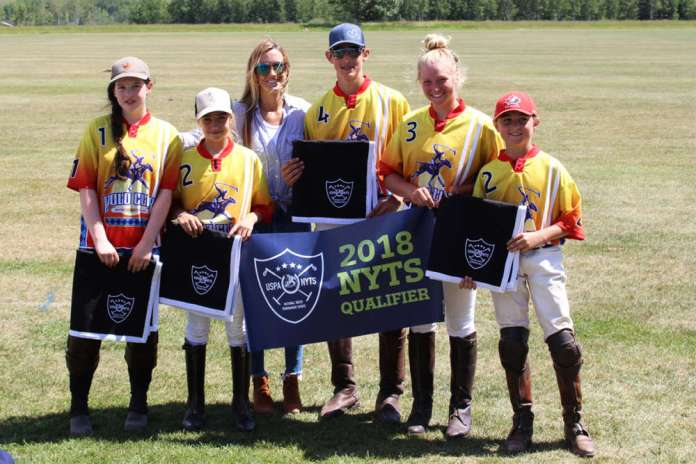 Black Diamond Polo Club NYTS Qualifier champions US Yellow (L to R) Grace Tanton, Micaela Saracco, USPA Pacific Northwest Circuit Governor Sheryl Sick, Chet Nelson, Mackenzie Brown, Will Schneider.