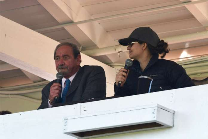 Tony Coppola and Lindsay Heatley co-commentating. ©Emma Oakley.