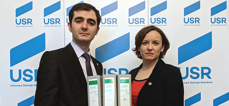 Primul filibuster din România:  USR a depus 5000 de amendamente împotriva TVA Split