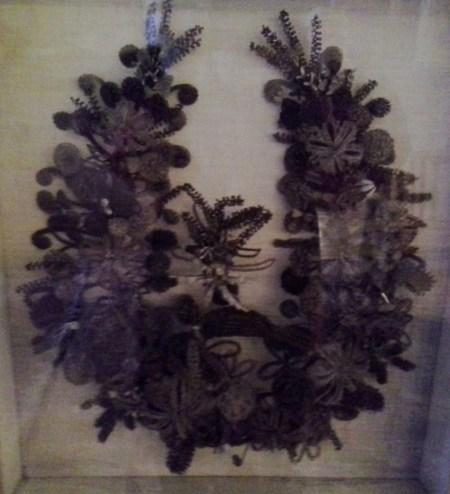 Hair wreath with bird. (Credit: DeLyn Martineau)
