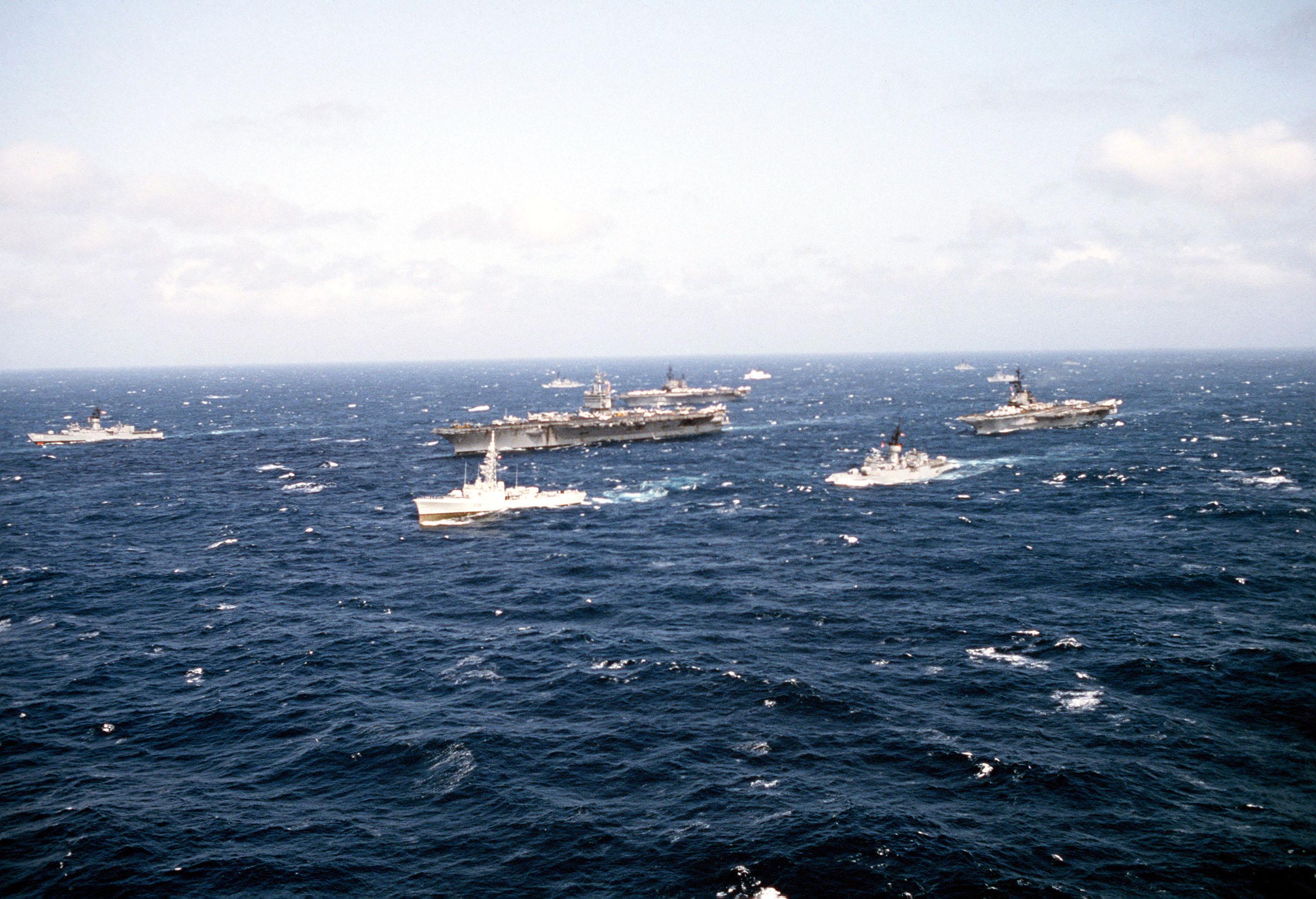 Enterprise Sea Cv 65 41 Uss Uss Coral Cv Uss 43 Midway Cv