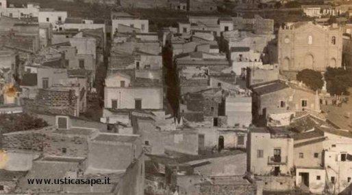 Particolare case vecchio centro paese