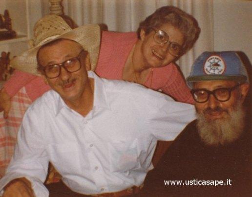 Padre Carmelo in America incontra Pietro e Rosina