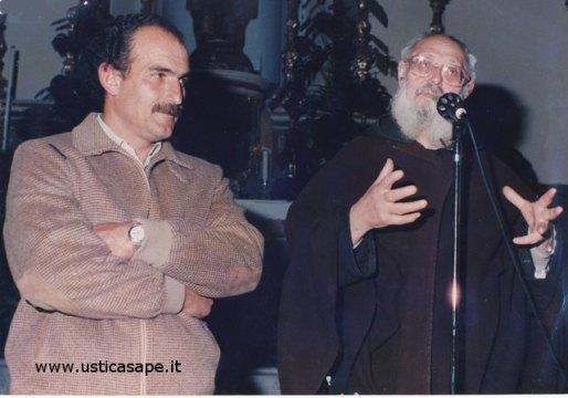 """Il Sindaco e il Parroco - allora """"Peppone e Don Camillo"""""""