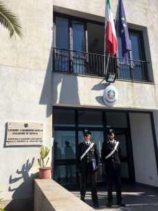 I carabinieri della stazione di Ustica