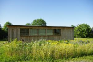 La nouvelle maison en paille au printemps - Utopaille