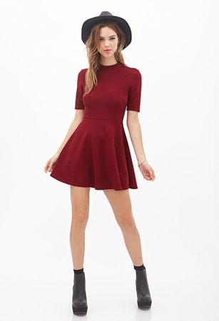 haljina sa visokim okovratnikom