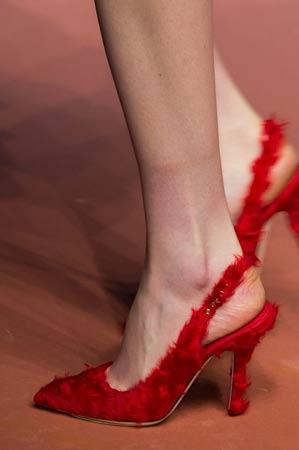 krznene sandale sa stiklom