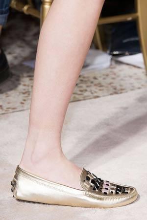ravne metalik cipele