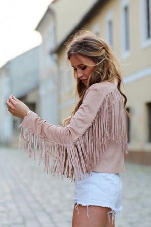 roze plisana jakna sa resama