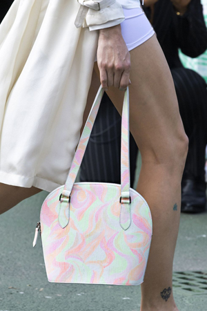 torba u pastelnim nijansama