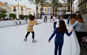 pista patinaje plaza altozano