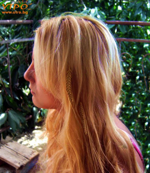 лятна прическа за блондинка