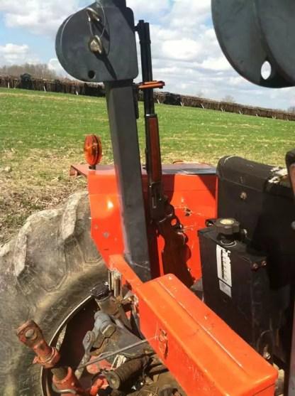 Tractor Golf 310VT Vehicle Transport Universal Mount Gun Rack