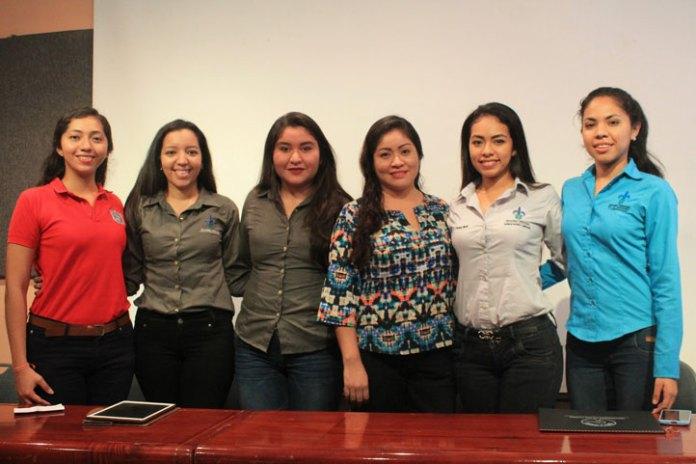 Alumnas y docente que estuvieron en la Universidad de los Llanos en Colombia