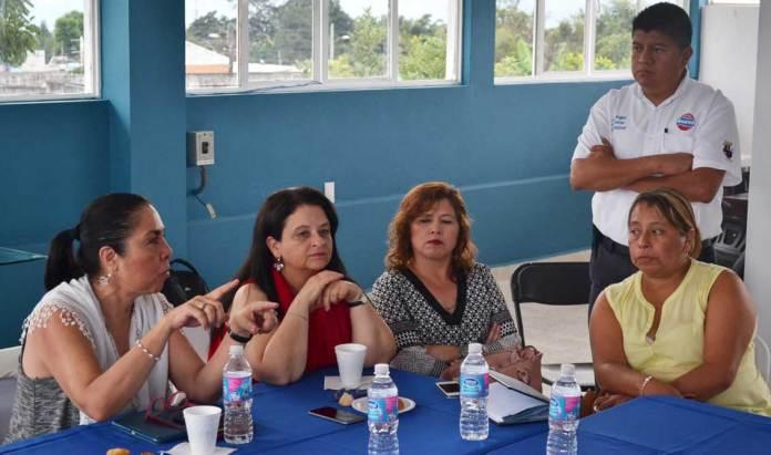 SETSUV, Pobladores, A.C., el empresario Jorge Bueno y funcionarios, académicos y estudiantes de la UV se reunieron nuevamente