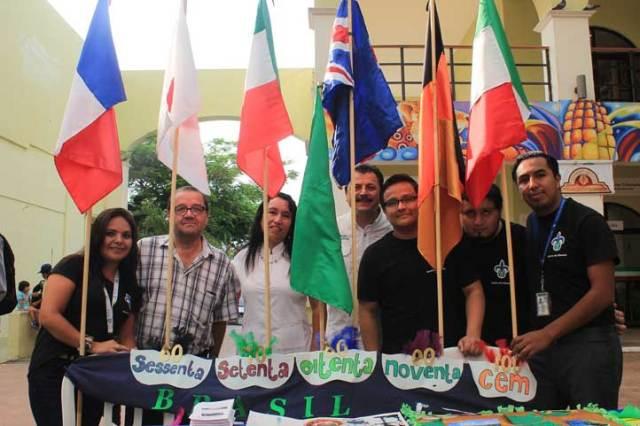 Stand del Centro de Idiomas en la Expo Orienta