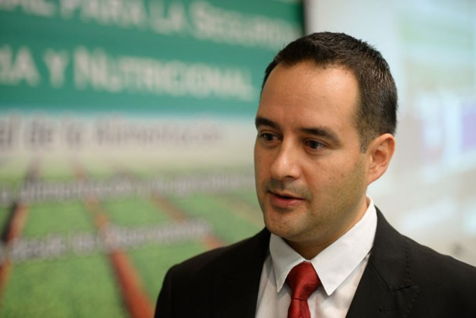 Eduardo Morteo Ortiz, investigador del Instituto de Ciencias Marinas y Pesquerías de la UV