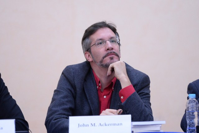 John M. Ackerman, académico de la UNAM