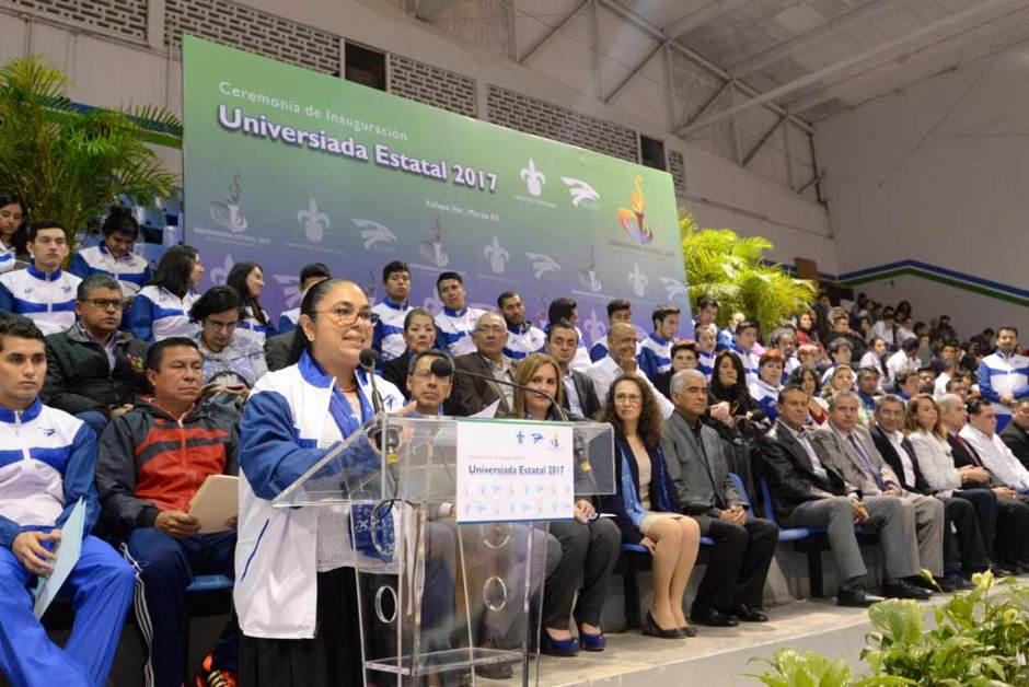 Sara Ladrón de Guevara encabezó el evento inaugural