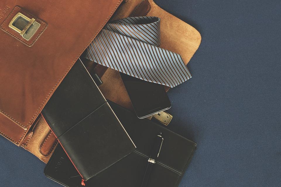 鞄 財布 ネクタイ