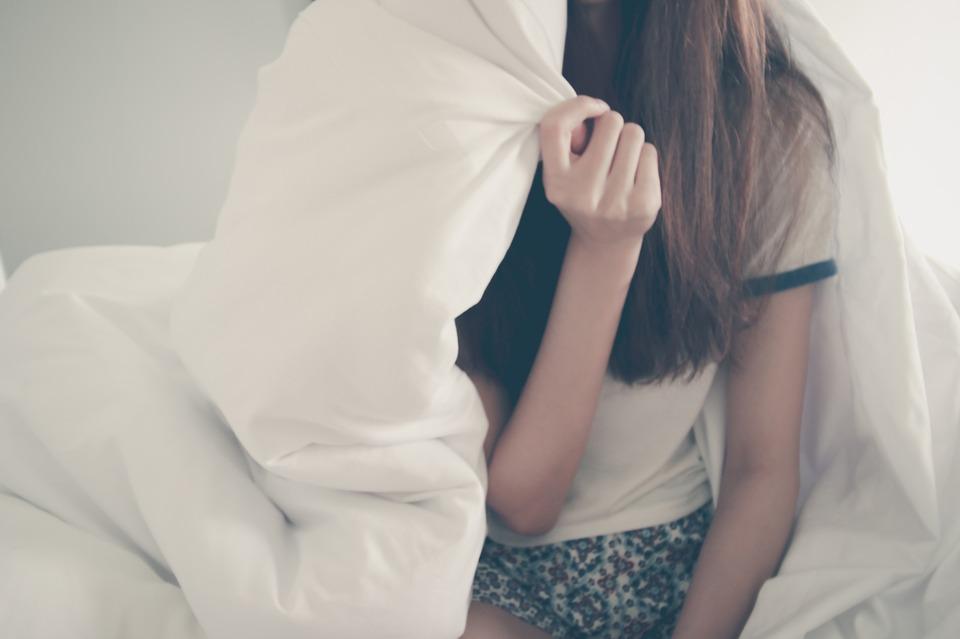 人 女性 女の子 ホワイト ベッド シート 毛布 ベッドルーム