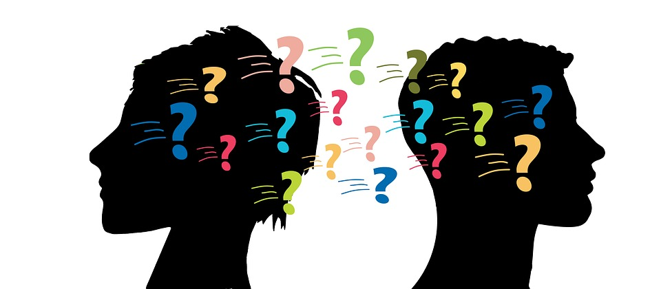 男 女性 疑問符 問題 雲 言葉の雲 抽象的な 対話 ディスカッション トーク