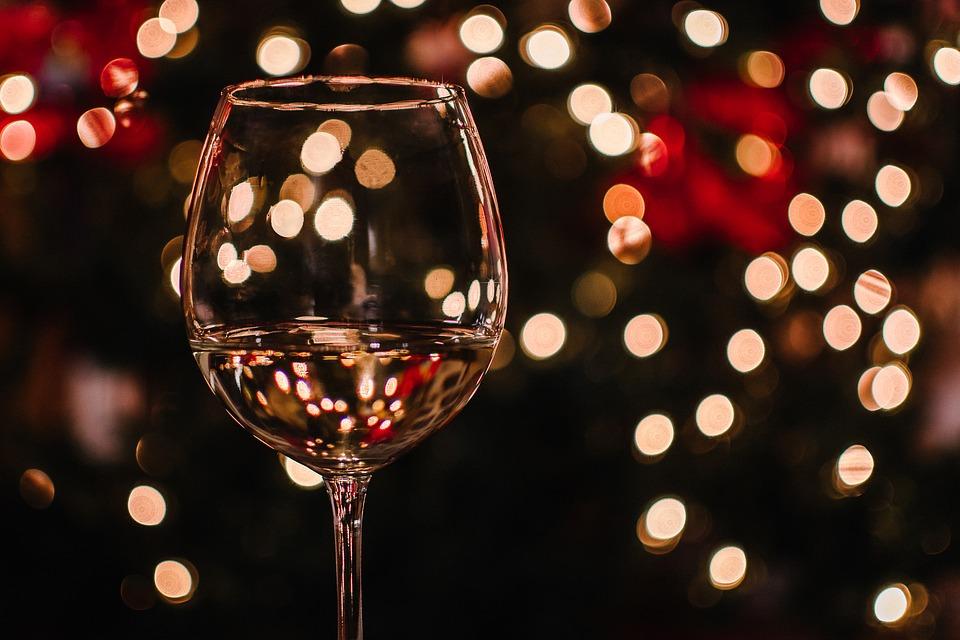 クリスマス 壁紙 祭り ドリンク 華麗です ワイン ガラス ワインラ クリスマスの光