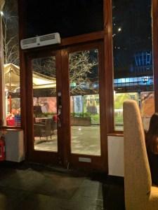 Smiths Bar & Grill
