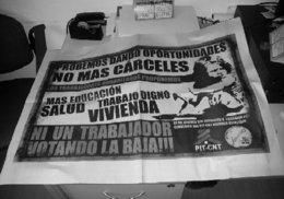 imagen del contenido Afiche obrero: 'Ni un trabajador votando la baja!!!'