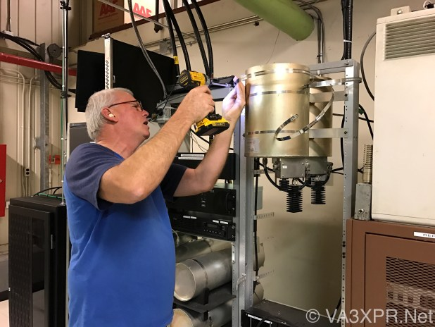 Rick, VE3RNK, VA3XPR repeater site, transmitter combiner, UHF