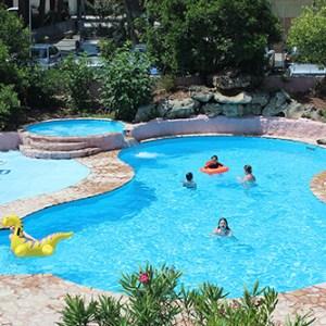 piscina fabbri family village