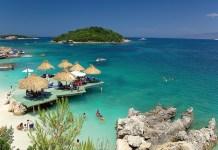 Ksamil una delle spiaggie piu belle dell'Albania