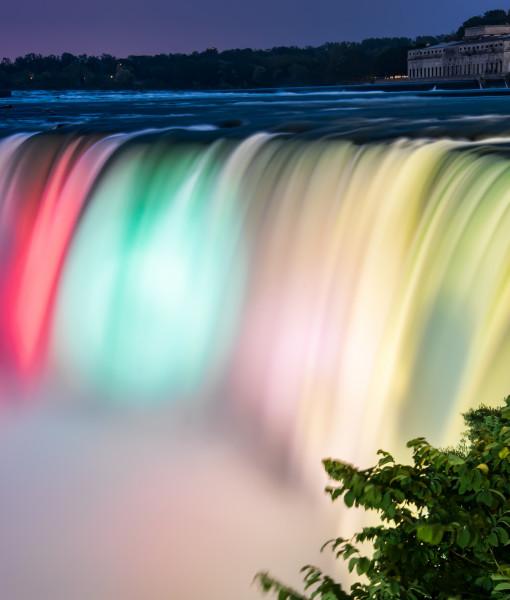 Niagara Falls Colors