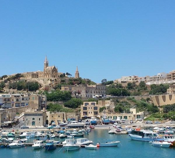 2Pasqua a Malta con catamarano da Pozzallo